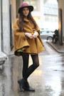Greek-print-shirt-boots-h-m-hat-baroque-skirt-zalando-collection-cape