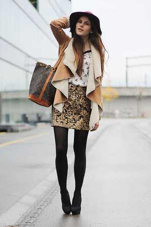 gold baroque Zara skirt - ruby red H&M hat - camel cozy romwe jacket