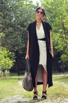 gray Topshop bag - ivory H&M dress - black duster Choies vest