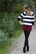 black Primark boots - black knitted Primark sweater - brick red Primark shorts