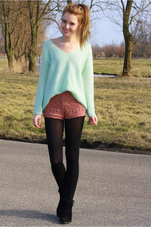 light blue knitted H&M sweater - coral lace Forever21 shorts