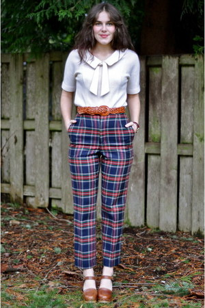 blue plaid vintage pants - ivory knit vintage top - tawny vintage clogs