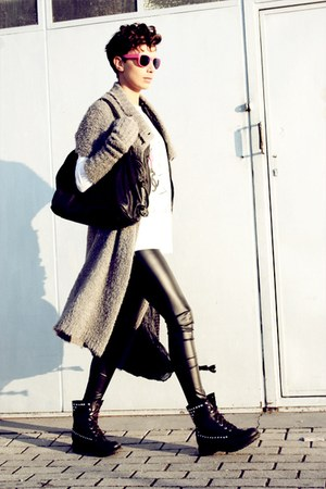black ASH boots - gray Almeria coat - black H&amp;M leggings - hot pink Bernhard Wil