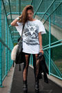 Black-lucyd-acyd-tights-black-din-sko-boots-white-vintage-t-shirt-black-ch