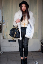 black stam Marc Jacobs bag - black mendel BCBG boots - white fur vintage coat