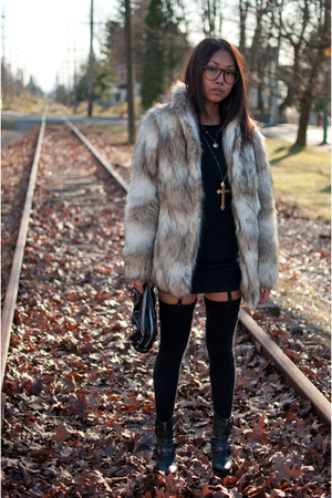 beige H&amp;M coat - black H&amp;M dress - black American Apparel tights - black DinSko 