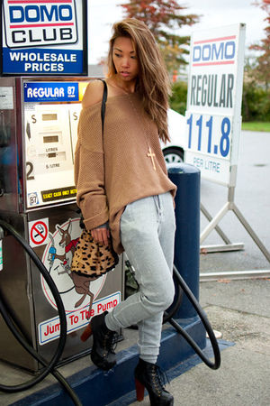 beige Topshop sweater - gray TNA pants - black Jeffrey Campbell boots - beige Al