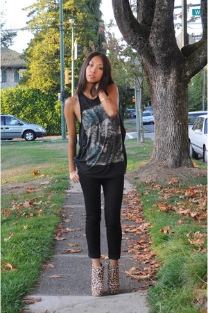 Zara t-shirt - J Brand jeans - Topshop shoes