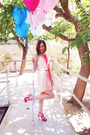bubble gum BLANCO dress - hot pink sara navarro sandals