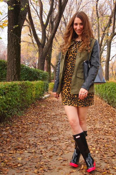 Hunter boots - Rodarte for Target dress - Zara jacket - vintage bag