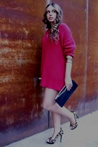 Zara shoes - tricot red Zara sweater - vintage bag - gold vintage bracelet