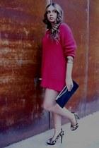 Zara shoes - tricot red Zara sweater - vintage bag - gold vintage bracelet