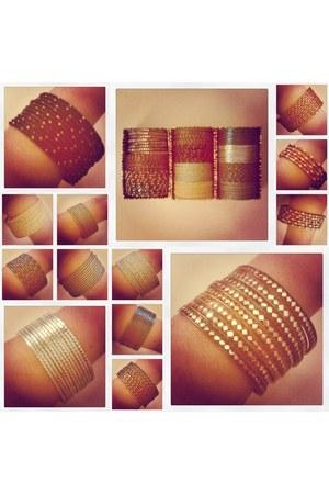 metallic no brand bracelet