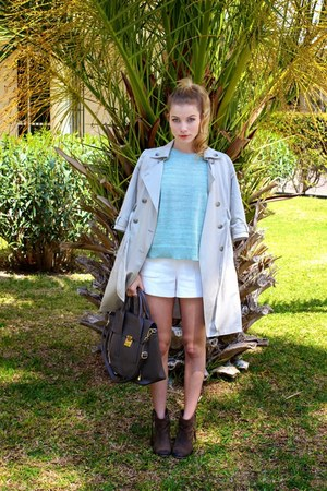 tan Old Navy coat - heather gray danier purse - white Forever 21 shorts