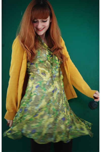 chartreuse floral print BB Dakota dress