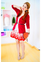 tawny hedgehog clutch asos bag - white apple print dress