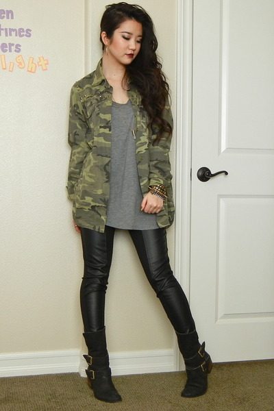 army green camo utility Forever 21 jacket - black leather Donald J Pliner boots