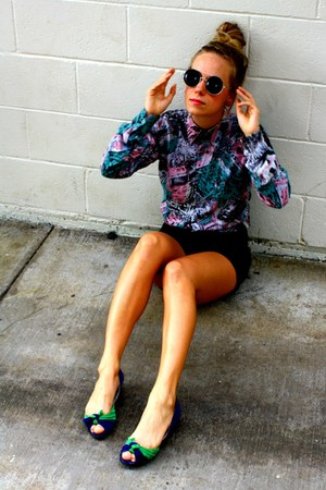 black cuttoffs Object Collectors Item shorts - round Retro sunglasses