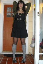 Gap top - H&M skirt - Urban Outfitters socks - aerosoles shoes