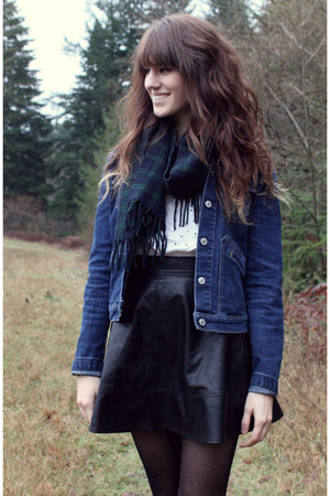 black leather Lulus skirt - blue vintage Levis jacket - dark green plaid scarf