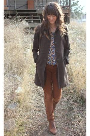 brown corduroy Bella Dahl pants