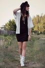 White-vintage-boots-black-dress-white-sugar-lips-cape