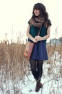 Navy-gap-dress-brown-thrifted-gap-bag-forest-green-cropped-forever-21-top