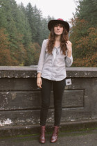 ivory Prairie Well blouse - maroon Shoe Mint boots - black free people pants