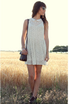 aquamarine sunglasses - ivory free people dress - dark brown vintage bag