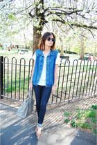 Zara jeans - Uterque bag - Urban Outfitters sunglasses - Massimo Dutti loafers -