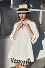 Cream-silk-oversized-vintage-shirt-black-retro-gap-shorts
