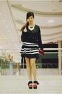 Black-striped-oasap-dress