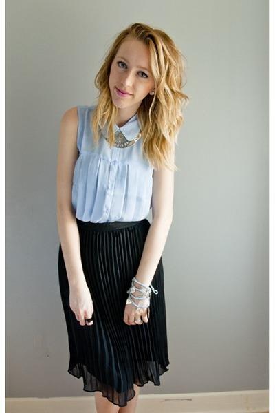 blouse sheer Forever 21 top - black pleated Forever 21 skirt