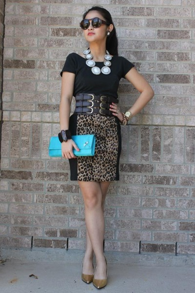 aquamarine purse - brown skirt - black top