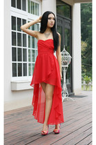 red chiffon TNFC dress