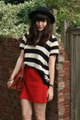 Striped-jumper-red-skirt
