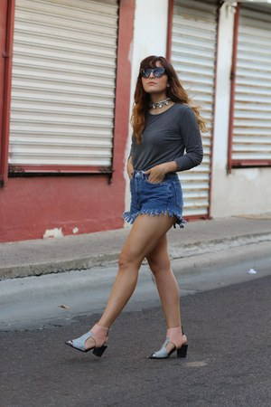 navy diy vintage shorts - light pink cut out shellys london boots