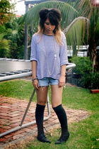 gray socks - black boots - blue top - blue shorts - silver necklace