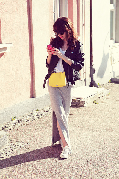 H&M jacket - H&M shirt - Bershka bag - Michael Kors sunglasses