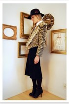 light brown Crossroads Trading Co jacket - black Macalistaire Vintage skirt - bl
