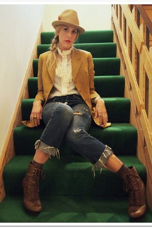 dark brown Jessica Simpson boots - blue thrifted jeans - mustard thrifted vintag