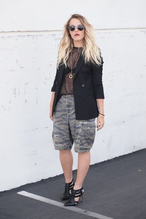 black Crossroads Find blazer - army green Lost & Found Vintage shorts