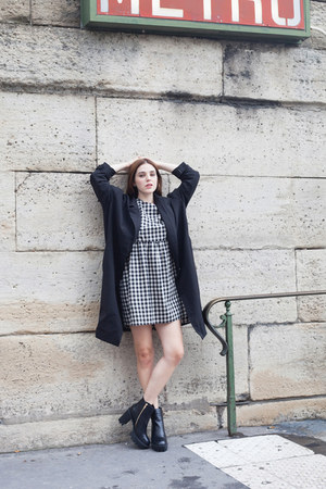 black THE WHITEPEPPER boots - black THE WHITEPEPPER dress