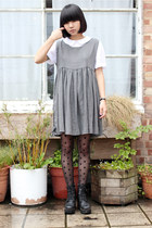 Heather-gray-lace-up-the-whitepepper-dress