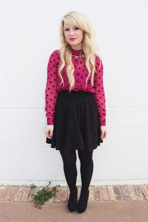 hot pink polka dot Urban Outfitters top