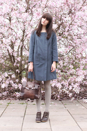 dark brown shoes - blue H&M coat - heather gray H&M tights - dark brown vintage