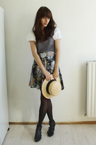 gray Xanaka shirt - black vintage skirt - H&M hat