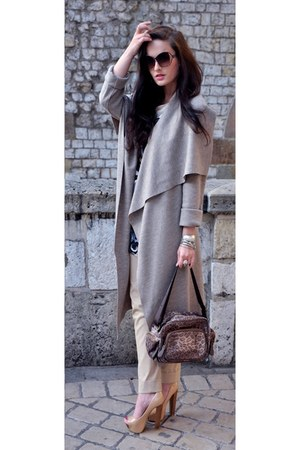 nude Zara pants - sweater bohoboco coat - leopard Custo Barcelona bag