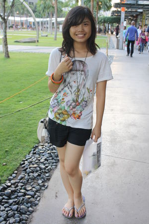 white Mango t-shirt - silver Havaianas shoes - black shorts - gold accessories -