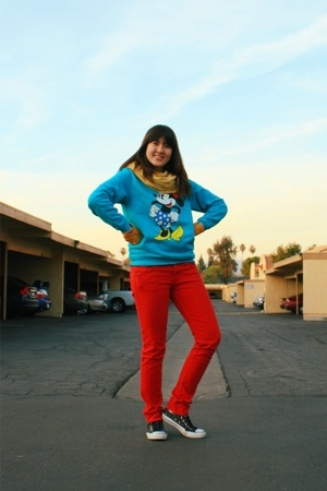 Disney sweater - forever 21 jeans - Converse shoes - American Apparel scarf